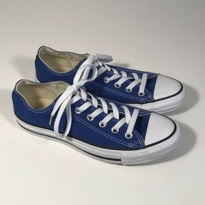 Converse Low Blue Canvas Sneakers Women 8, EUC